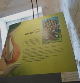 Exposition dans la tour de la Chaîne à La Rochelle. Source : http://data.abuledu.org/URI/58217abe-exposition-dans-la-tour-de-la-chaine-a-la-rochelle