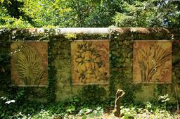 Exposition dans le jardin botanique du Clos Lucé. Source : http://data.abuledu.org/URI/55cbd4ad-exposition-dans-le-jardin-botanique-du-clos-luce