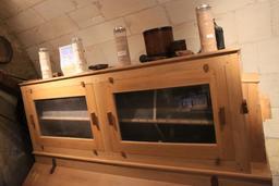 Exposition de matériel agricole au moulin de Bléré. Source : http://data.abuledu.org/URI/55dd639b-exposition-de-materiel-agricole-au-moulin-de-blere