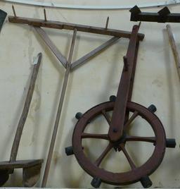 Eysines, Roue à espacer les plants de pomme de terre. Source : http://data.abuledu.org/URI/563078dc-eysines-roue-a-espacer-les-plants-de-pomme-de-terre