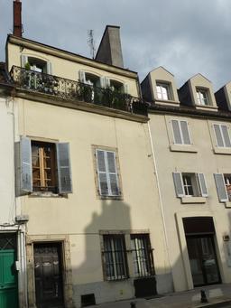 Façade dijonnaise. Source : http://data.abuledu.org/URI/581c952a-facade-dijonnaise
