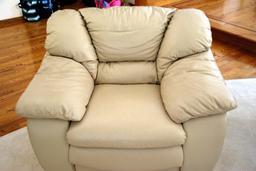 Fauteuil. Source : http://data.abuledu.org/URI/503a5abe-fauteuil
