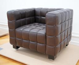 Fauteuil Josef Hoffmann. Source : http://data.abuledu.org/URI/503a5b24-fauteuil-josef-hoffmann
