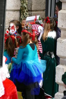 Fête du nouvel an  à Dubrovnik. Source : http://data.abuledu.org/URI/591f7eca-fete-du-nouvel-an-a-dubrovnik