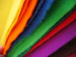 Feutrine de couleur. Source : http://data.abuledu.org/URI/529514d1-feutrine-de-couleur