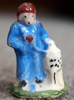 Fève de porcelaine. Source : http://data.abuledu.org/URI/52c66317-feve-de-porcelaine