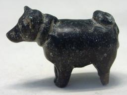 Figurine de chienne. Source : http://data.abuledu.org/URI/52ea27e0-figurine-de-chienne