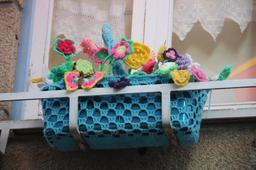 Fleurs au crochet au Portugal. Source : http://data.abuledu.org/URI/5506bf37-fleurs-au-crochet-au-portugal