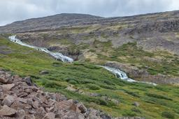 Fleuve Dynjandisá en Islande. Source : http://data.abuledu.org/URI/57015710-fleuve-dynjandis-en-islande
