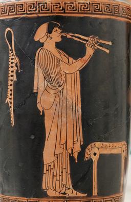 Flûtiste grecque. Source : http://data.abuledu.org/URI/54b460ef-flutiste-grecque