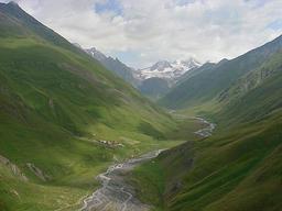 Fond de vallée. Source : http://data.abuledu.org/URI/50411ca6-fond-de-vallee