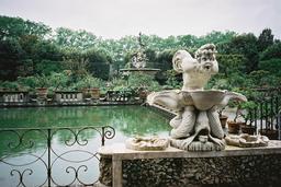 Fontaine de Neptune à Florence. Source : http://data.abuledu.org/URI/50e30907-fontaine-de-neptune-a-florence