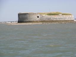 Fort Énet en Charente-Maritime. Source : http://data.abuledu.org/URI/5358e707-fort-enet-