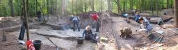 Fouille de nécropole médiévale en Pologne. Source : http://data.abuledu.org/URI/591bad94-fouille-de-necropole-medievale-en-pologne