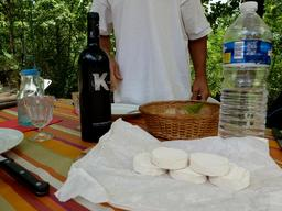 Fromage de chèvre du Lot. Source : http://data.abuledu.org/URI/503d3fd3-fromage-de-chevre-du-lot