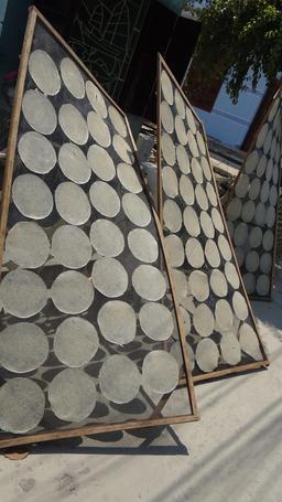 Galettes de riz vietnamiennes. Source : http://data.abuledu.org/URI/534c07d7-galettes-de-riz-vietnamiennes