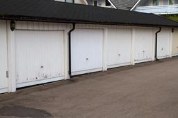 Garages pour une résidence. Source : http://data.abuledu.org/URI/534c355a-garages-pour-une-residence