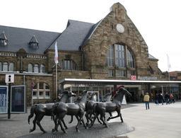 Gare d'Aix-la-Chapelle en Allemagne. Source : http://data.abuledu.org/URI/529a7aef-gare-d-aachen-en-allemagne