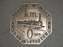 Gare de l'Est km zero. Source : http://data.abuledu.org/URI/5041172f-gare-de-l-est-km-zero