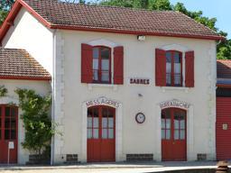 Gare de Sabres dans les Landes. Source : http://data.abuledu.org/URI/54543abb-gare-de-sabres-dans-les-landes