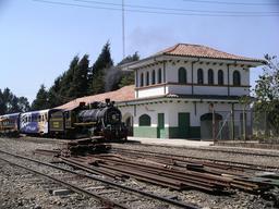 Gare ferroviaire. Source : http://data.abuledu.org/URI/47f55c7a-gare-ferroviaire