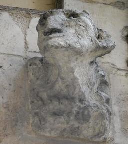 Gargouille à Bordeaux. Source : http://data.abuledu.org/URI/590756f1-gargouille-a-bordeaux