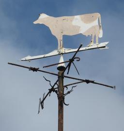 Girouette vache. Source : http://data.abuledu.org/URI/518a1bc4-girouette-vache