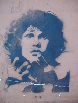 Graffiti de Jim Morrison. Source : http://data.abuledu.org/URI/5389e445-graffiti-de-jim-morrison
