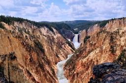 Grand canyon du Yellowstone. Source : http://data.abuledu.org/URI/501e2ee3-grand-canyon-du-yellowstone