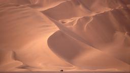 Grand Erg Occidental au Sahara. Source : http://data.abuledu.org/URI/52d1b122-grand-erg-occidental-au-sahara