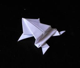 Grenouille en origami. Source : http://data.abuledu.org/URI/52f272be-grenouille-en-origami
