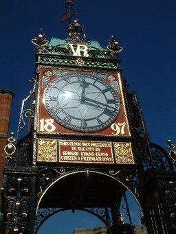 Gros-plan de l'Eastgate Clock. Source : http://data.abuledu.org/URI/529a3799-gros-plan-de-l-eastgate-clock