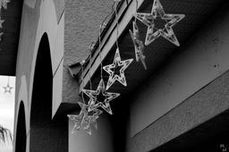 Guirlande d'étoiles. Source : http://data.abuledu.org/URI/534316af-guirlande-d-etoiles