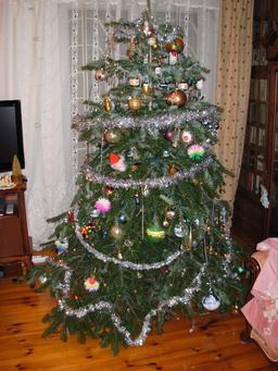 Ressources Ducatives Libres Les: how to decorate a christmas tree without tinsel
