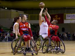 Handi basketball. Source : http://data.abuledu.org/URI/55185116-handi-basketball