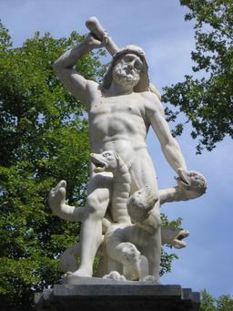 Hercule et l'hydre de Lerne. Source : http://data.abuledu.org/URI/50563d5d-hercule-et-l-hydre-de-lerne