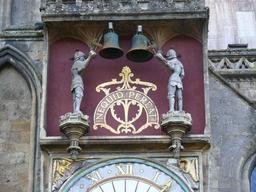 Horloge anglaise à automates. Source : http://data.abuledu.org/URI/50e96d55-horloge-anglaise-a-automates