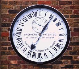 Horloge des 24 heures de Greenwich. Source : http://data.abuledu.org/URI/50ddac35-horloge-des-24-heures-de-greenwich