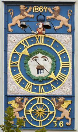 Horloge du château des ducs de Poméranie à Szczecin. Source : http://data.abuledu.org/URI/529a725f-horloge-du-chateau-des-ducs-de-pomeranie-a-szczecin-