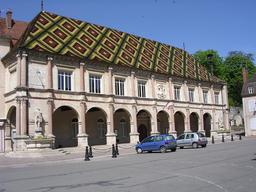 Hôtel de ville de Gray. Source : http://data.abuledu.org/URI/54a7c4d4-hotel-de-ville-de-gray