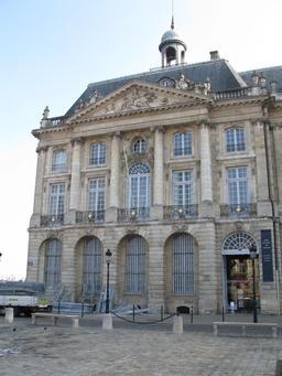 Hôtel des douanes à Bordeaux. Source : http://data.abuledu.org/URI/54439ec9-hotel-des-douanes-a-bordeaux