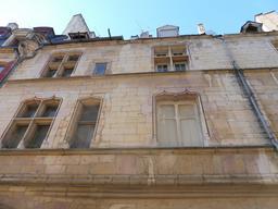 Hôtel dijonnais du XVème siècle. Source : http://data.abuledu.org/URI/5926273a-hotel-dijonnais-du-xveme-siecle