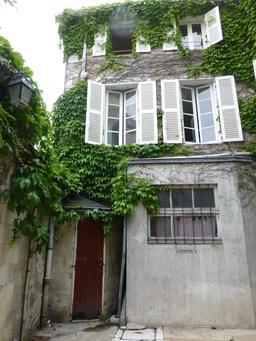 Hôtel particulier à La Rochelle. Source : http://data.abuledu.org/URI/5821f16d-hotel-particulier-a-la-rochelle