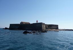 Île et fort de Brescou du Cap d'Agde. Source : http://data.abuledu.org/URI/53ac2ef8-ile-de-brescou