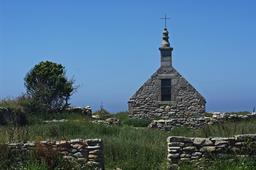 Ile-de-Sein Chapelle St Corentin. Source : http://data.abuledu.org/URI/5414d499-ile-de-sein-chapelle-st-corentin