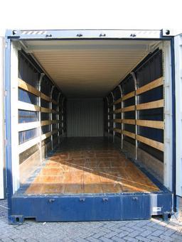 Intérieur d'un conteneur. Source : http://data.abuledu.org/URI/51167064-interieur-d-un-conteneur
