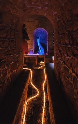 Intérieur de l'Aqueduc Medicis, regard 25 dit de Saux. Source : http://data.abuledu.org/URI/53d40f6c-interieur-de-l-aqueduc-medicis-regard-25-dit-de-saux