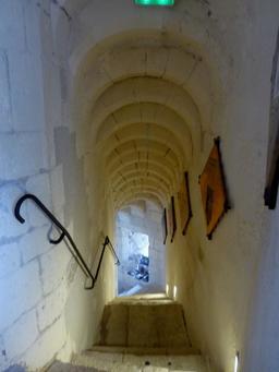 Intérieur de la tour de la Chaîne à La Rochelle. Source : http://data.abuledu.org/URI/58211516-interieur-de-la-tour-de-la-chaine-a-la-rochelle
