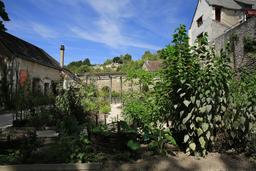 Jardin potager du Clos Lucé en août. Source : http://data.abuledu.org/URI/55cbd510-jardin-potager-du-clos-luce-en-aout