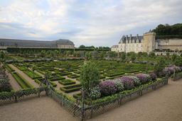 Jardins de Villandry. Source : http://data.abuledu.org/URI/55e72d8e-jardins-de-villandry